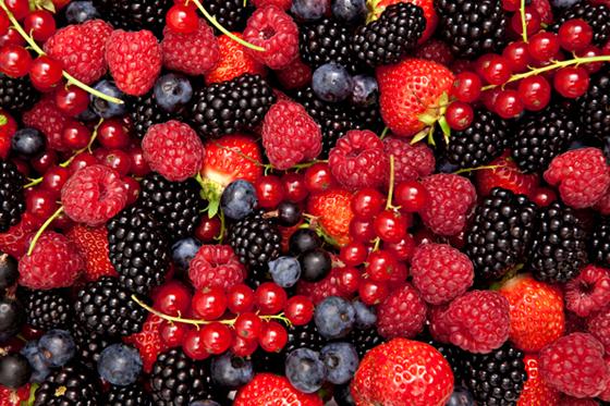 jagodowe owoce, koktajle