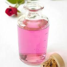 tonik z woda rozana