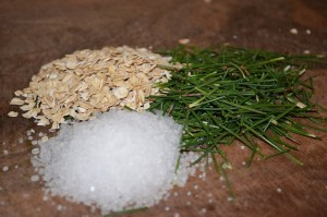 Lecznicza kąpiel domowa sosna, sól, płatki owsiane