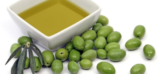 Jędrne piersi oliwa z oliwek