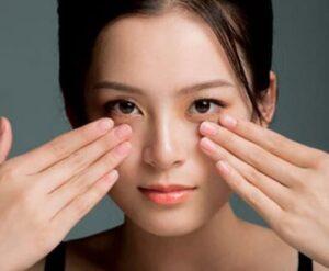 Odmładzający masaż twarzy (automasaż)