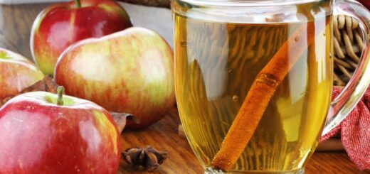 Woda cynamonowa z jabłkiem na odchudzanie i dla zdrowia