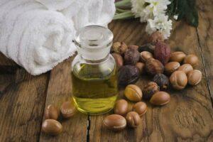 Olejowanie włosów - naturalny sposób na zdrowe i piękne włosy