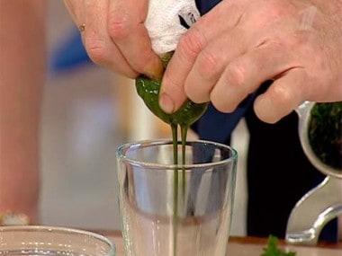 jak zrobić sok z pokrzywy