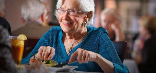 Osoby, które mają wysoki poziom cholesterolu żyją najdłużej
