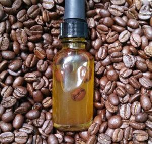 domowe serum pod oczy kofeinowe