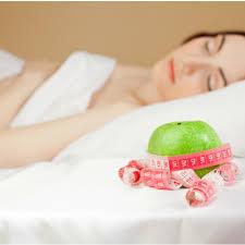 spalaj tluszcz podczas snu