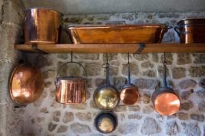 miedziane naczynia kuchnia
