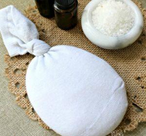 lecznicze okłady z gorącej soli
