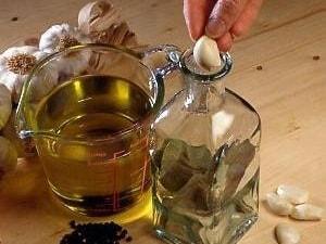 aromatyczna-oliwa-domowej-roboty