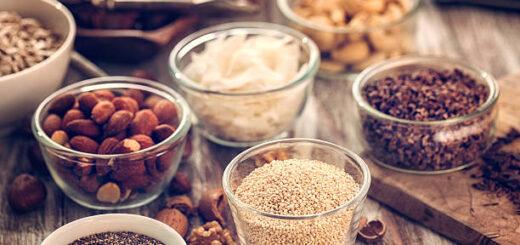 Dlaczego dobrze jest moczyć orzechy i nasiona przed jedzeniem ?