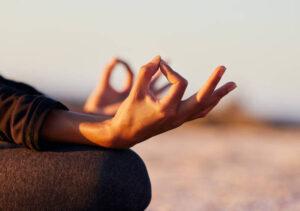 Mudry - układy dłoni i palców przywracjące równowagę energetyczną