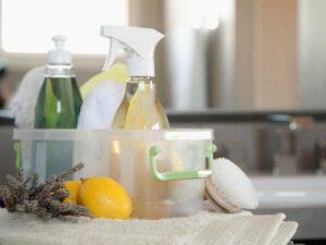Łazienka idealnie czysta, pachnąca świeżością bez agresywnej chemii