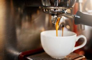 kawa nie szkodzi wątrobie, zdrowa dla jelit