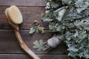 Suchy masaż szczotką. Tylko 5 minut dla zdrowia, urody i samopoczucia