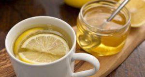 Woda z cytryną po przebudzeniu - faktyczne i mityczne korzyści