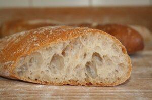 pieczenie chleba na zakwasie, jak piec chleb na zakwasie