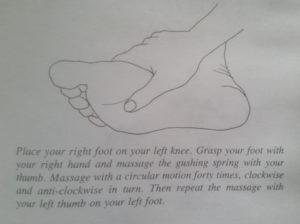 tryskające źródło masaż stopy