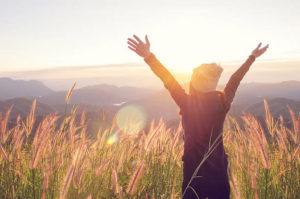 patrzenie w słońce, o wschodzie słońca terapia